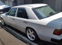 Jual Mercedes-Benz 260E 1989