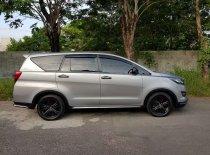 Butuh dana ingin jual Toyota Kijang Innova Q 2015