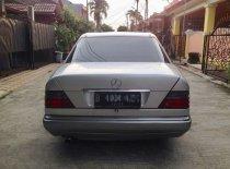 Jual Mercedes-Benz E-Class E 220 1994