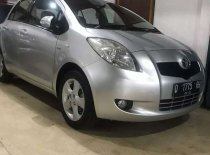 Butuh dana ingin jual Toyota Yaris E 2008