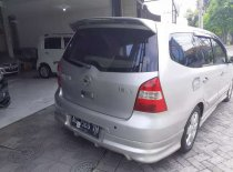 Butuh dana ingin jual Nissan Grand Livina XV 2010