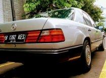 Mercedes-Benz E-Class E 230 1990 Sedan dijual
