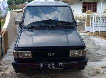 Butuh dana ingin jual Toyota Kijang SSX 1995