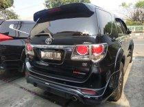 Butuh dana ingin jual Toyota Fortuner G 2015