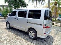 Butuh dana ingin jual Daihatsu Gran Max AC 2013