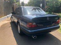 Jual Mercedes-Benz 230E 1989 kualitas bagus