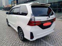 Butuh dana ingin jual Toyota Avanza Veloz 2019