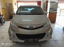 Butuh dana ingin jual Toyota Avanza Veloz 2015