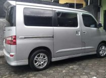Jual Daihatsu Luxio 2011 termurah