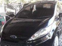 Butuh dana ingin jual Ford Fiesta 2010