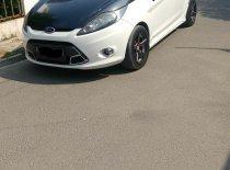 Dijual cepat Ford Fiesta 1.6 Sport 2012 Hatchback di Bekasi
