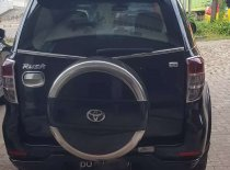 Butuh dana ingin jual Toyota Rush S 2010