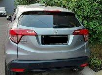 Butuh dana ingin jual Honda HR-V E CVT 2017