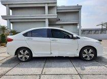 Butuh dana ingin jual Honda City ES 2015
