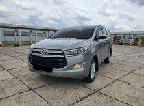 Butuh dana ingin jual Toyota Kijang Innova V 2018
