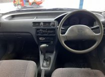 Butuh dana ingin jual Toyota Soluna GLi 2003