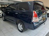 Butuh dana ingin jual Toyota Kijang Innova G 2005