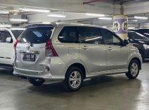 Butuh dana ingin jual Toyota Avanza Veloz 2011
