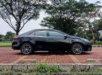 Jual Toyota Corolla Altis V 2014