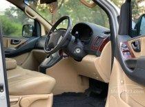 Butuh dana ingin jual Hyundai H-1 XG 2010