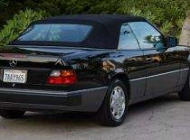 Butuh dana ingin jual Mercedes-Benz E-Class 1989