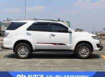 Butuh dana ingin jual Toyota Fortuner 2013