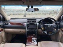 Butuh dana ingin jual Toyota Camry 2.5 V 2012