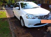 Butuh dana ingin jual Toyota Etios Valco E 2015