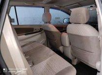 Butuh dana ingin jual Toyota Kijang Innova G 2015