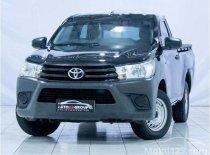 Butuh dana ingin jual Toyota Hilux 2017