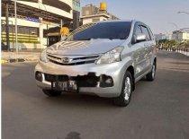 Butuh dana ingin jual Daihatsu Xenia R 2013