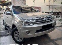 Butuh dana ingin jual Toyota Fortuner G 2011