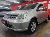 Butuh dana ingin jual Nissan Livina XR 2009