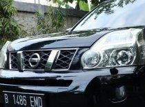 Butuh dana ingin jual Nissan X-Trail ST 2011