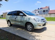 Butuh dana ingin jual Toyota Kijang Innova G 2008