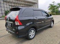 Butuh dana ingin jual Toyota Avanza Veloz 2013