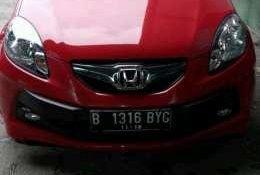Jual mobil Honda Brio E 2013