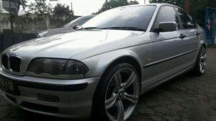 Jual BMW 3 Series 318i 2002
