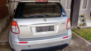 Butuh dana ingin jual Suzuki SX4 Cross Over 2011