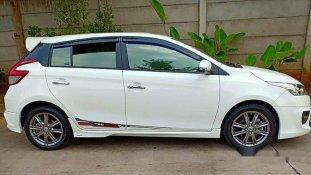 Butuh dana ingin jual Toyota Yaris TRD Sportivo 2016