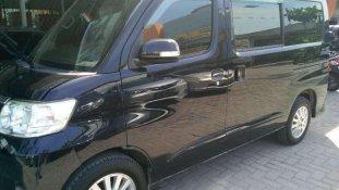 Jual Daihatsu Luxio 2010 kualitas bagus