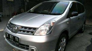 Butuh dana ingin jual Nissan Grand Livina XV 2008