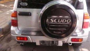 Butuh dana ingin jual Suzuki Escudo JLX 2004