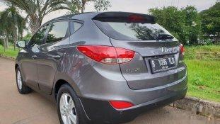Butuh dana ingin jual Hyundai Tucson GLS 2011