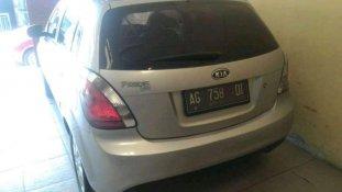 Butuh dana ingin jual Kia Rio 1.4 Automatic 2011