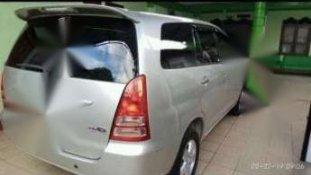 Butuh dana ingin jual Toyota Kijang Innova G 2007