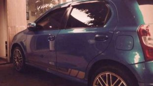 Butuh dana ingin jual Toyota Etios Valco G 2014