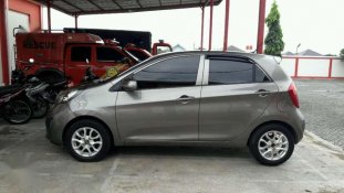 Butuh dana ingin jual Kia Picanto  2012