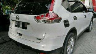 Nissan X-Trail 2.0 M/T 2014 SUV dijual
