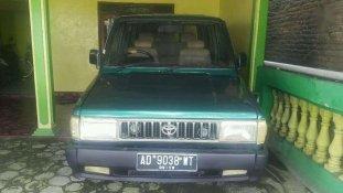 Butuh dana ingin jual Toyota Kijang  1988